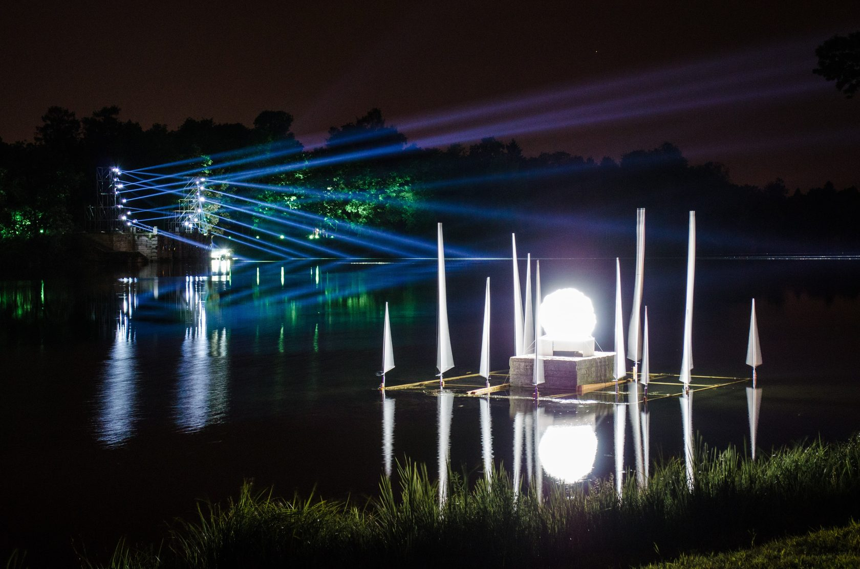 OPPORTUNITY: St.Petersburg International Festival of Light Art is calling for proposals!